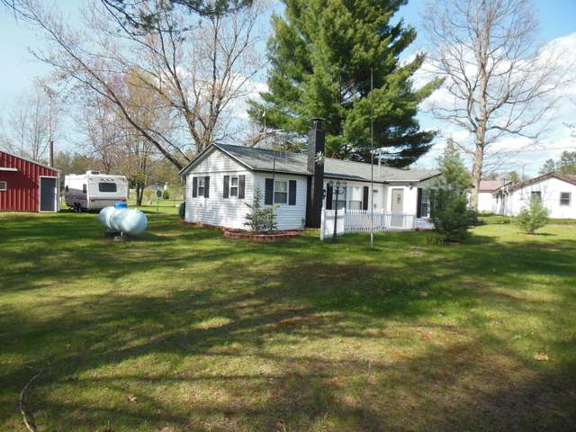 769 ROBERT DR., Harrison, MI
