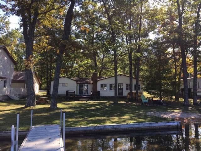 6281 SWALLOW, Harrison, MI