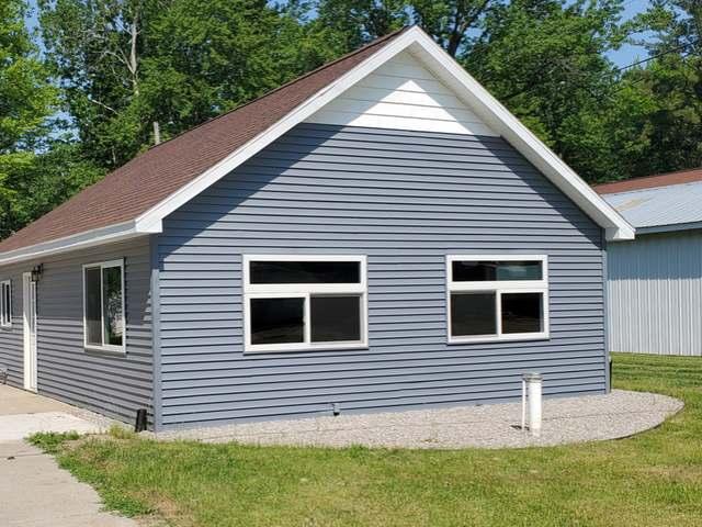 4502 LAKEVIEW DR, Beaverton, MI