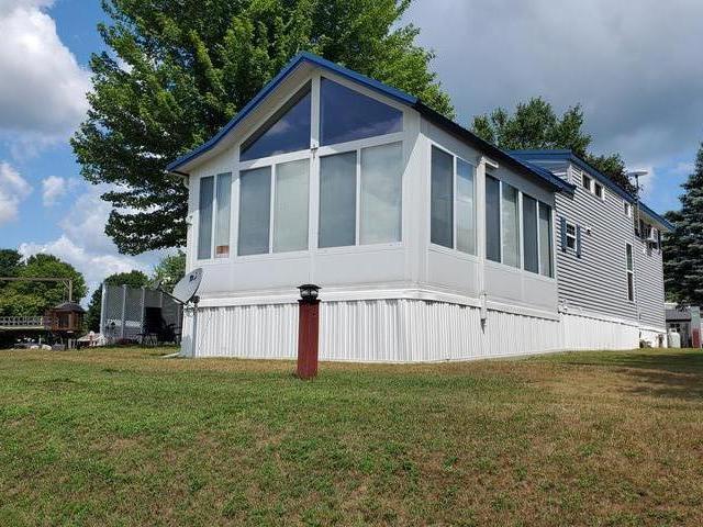 10020 MUSSON RD, Six Lakes, MI