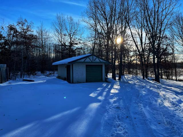 2586 N OLD STATE ROAD, Weidman, MI