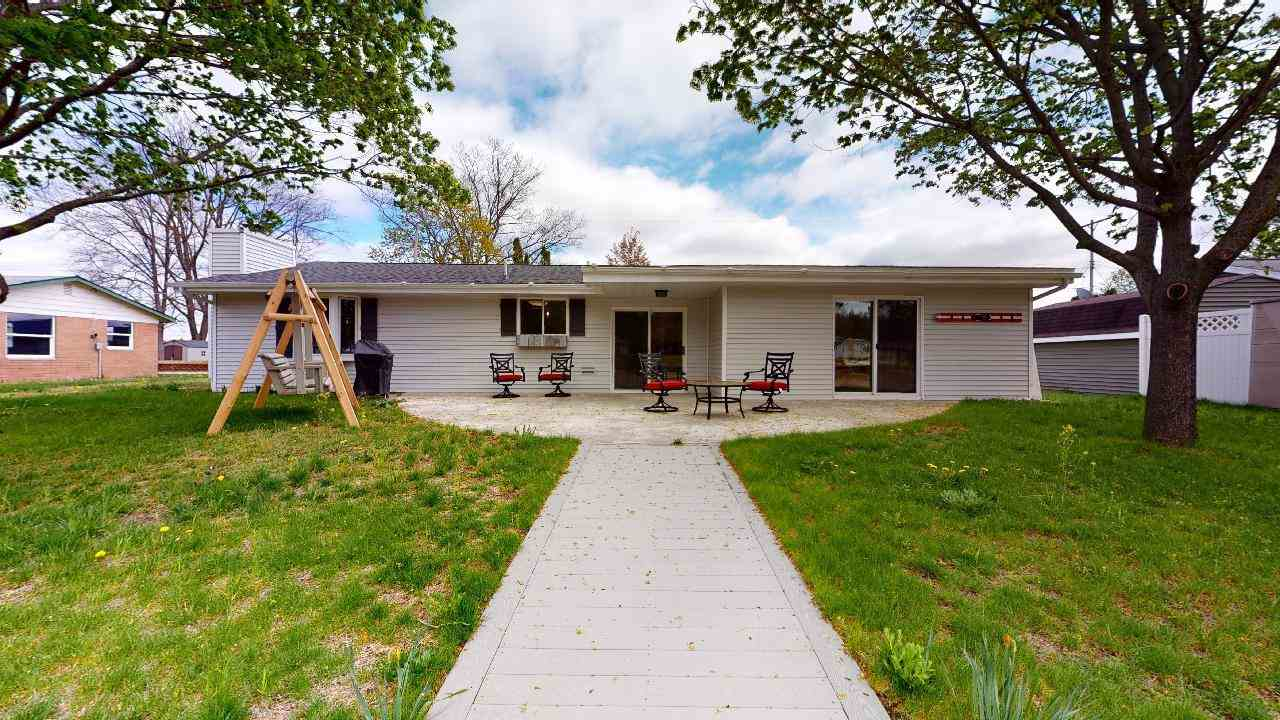5474 Oakridge Drive, Beaverton, MI