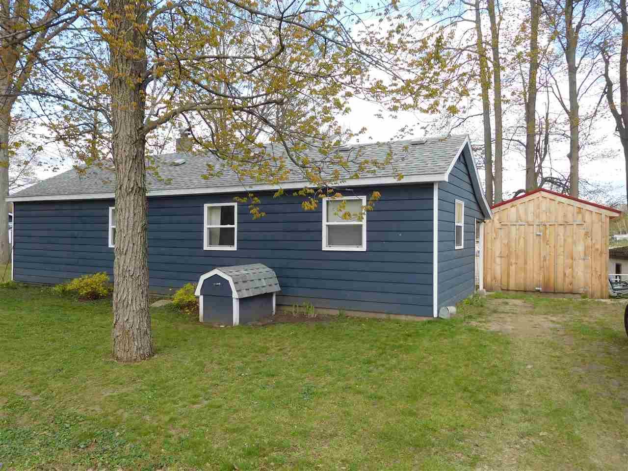 4299 Lake, Beaverton, MI