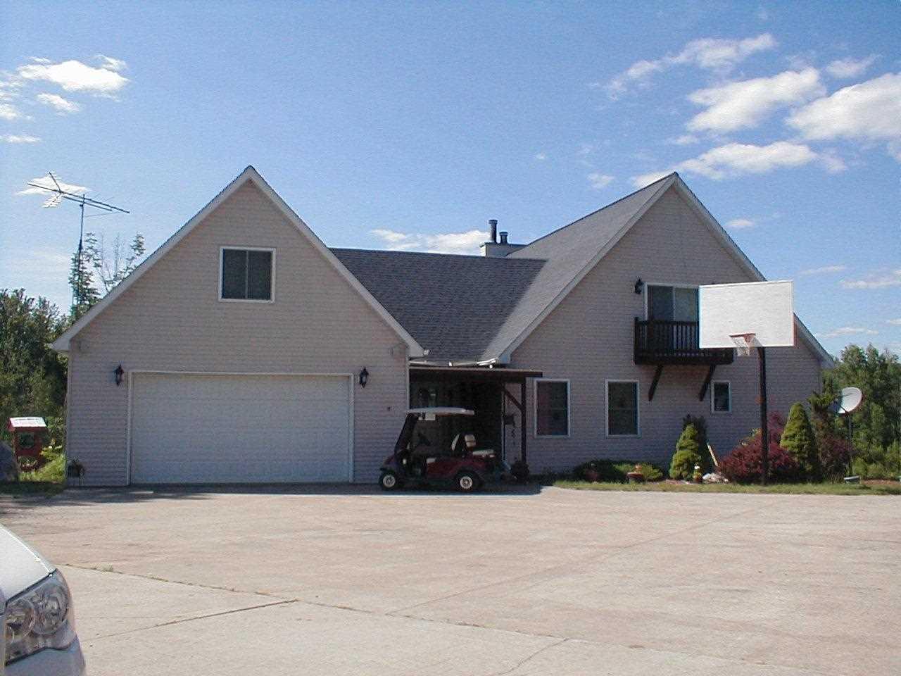 5380 Riverview Road, Gladwin, MI