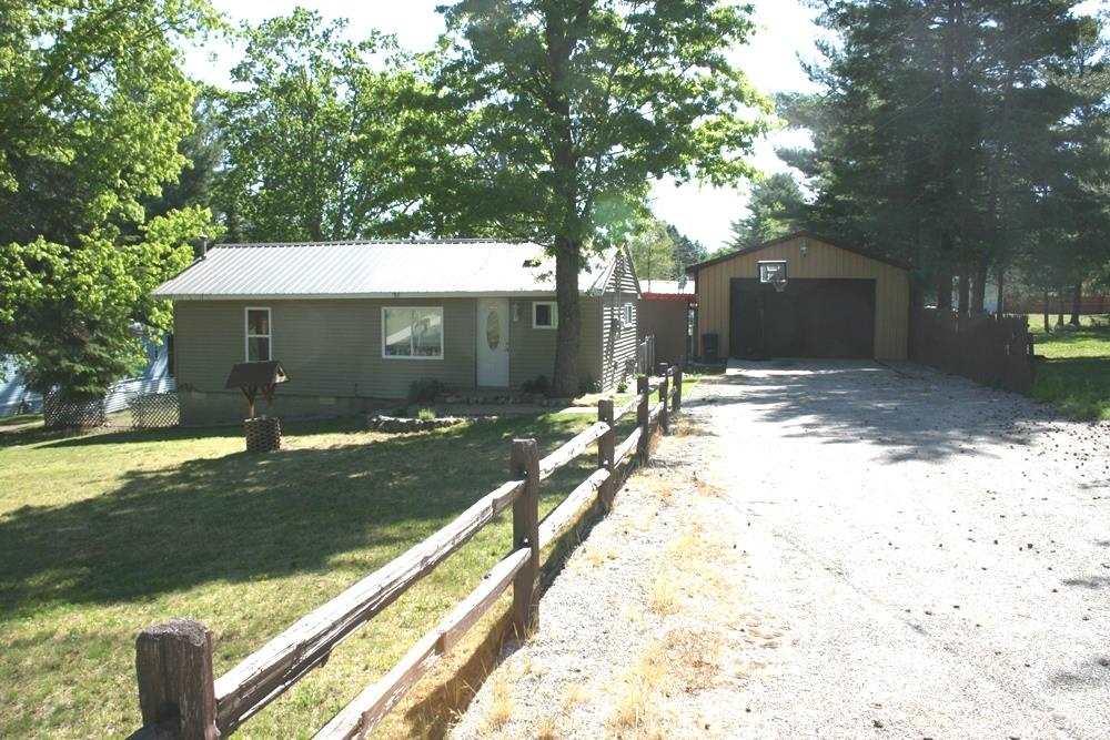 3546 Woods Rd, Harrison, MI