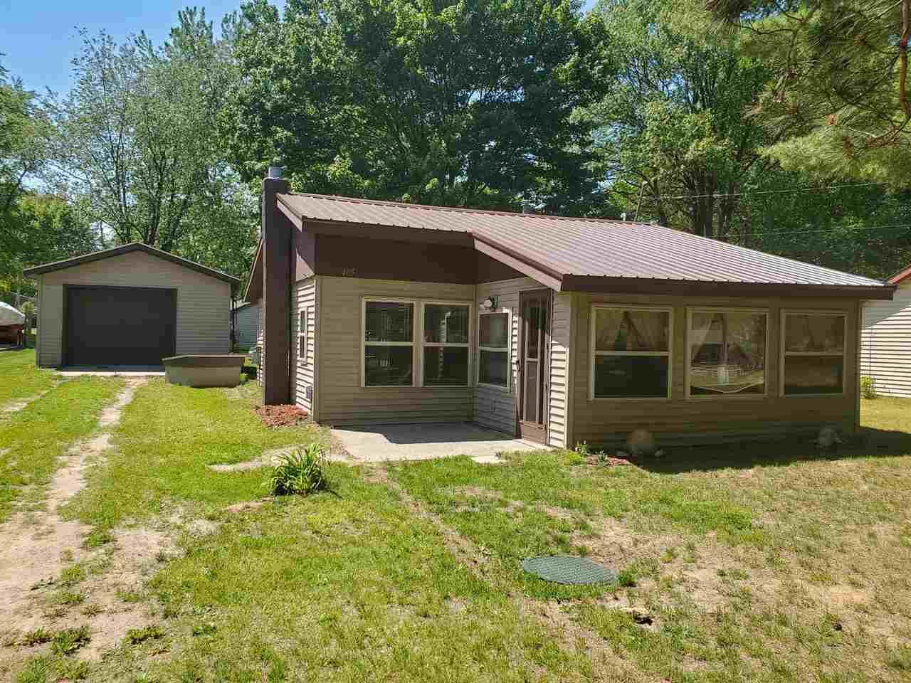 405 Hunter Dr, Lake, MI