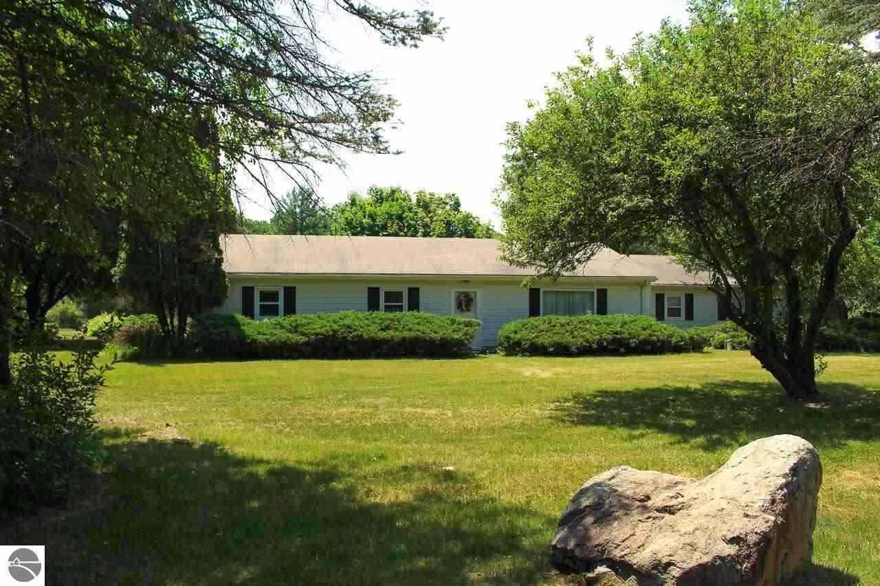 8502 River Road, Mount Pleasant, MI