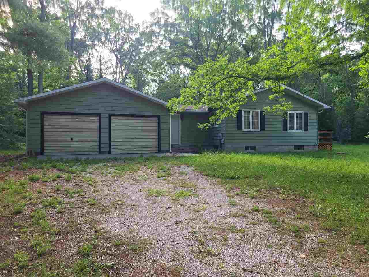 4072 Lone Pine, Harrison, MI