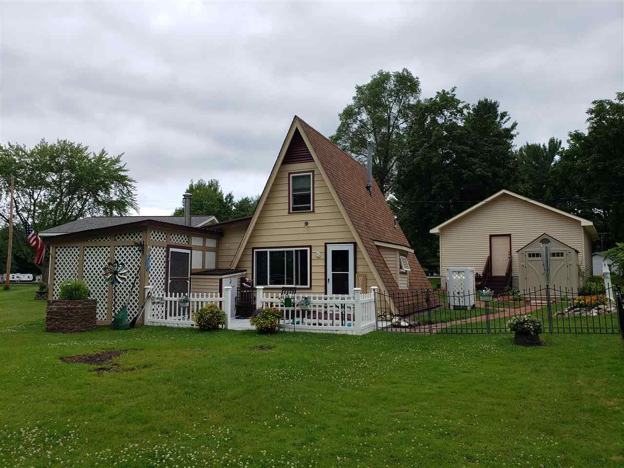 6542 Ridge, Harrison, MI