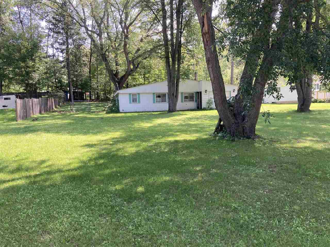 6049 Silver Lake Dr., Lake, MI