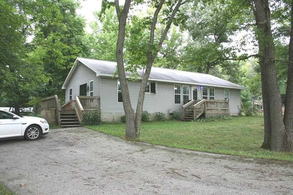 931 Cranberry Lake Rd, Harrison, MI
