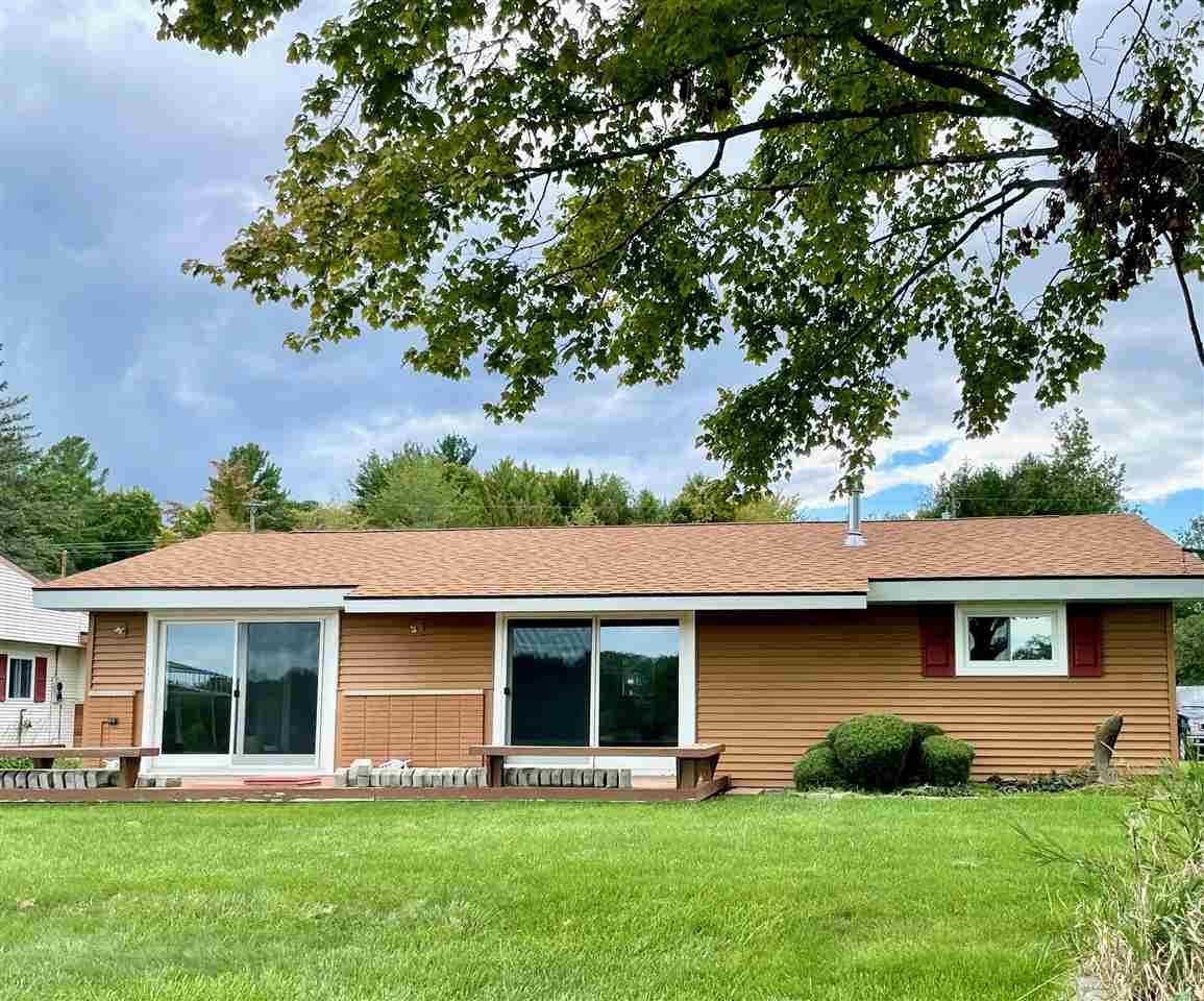 5371 Oakridge Dr, Beaverton, MI