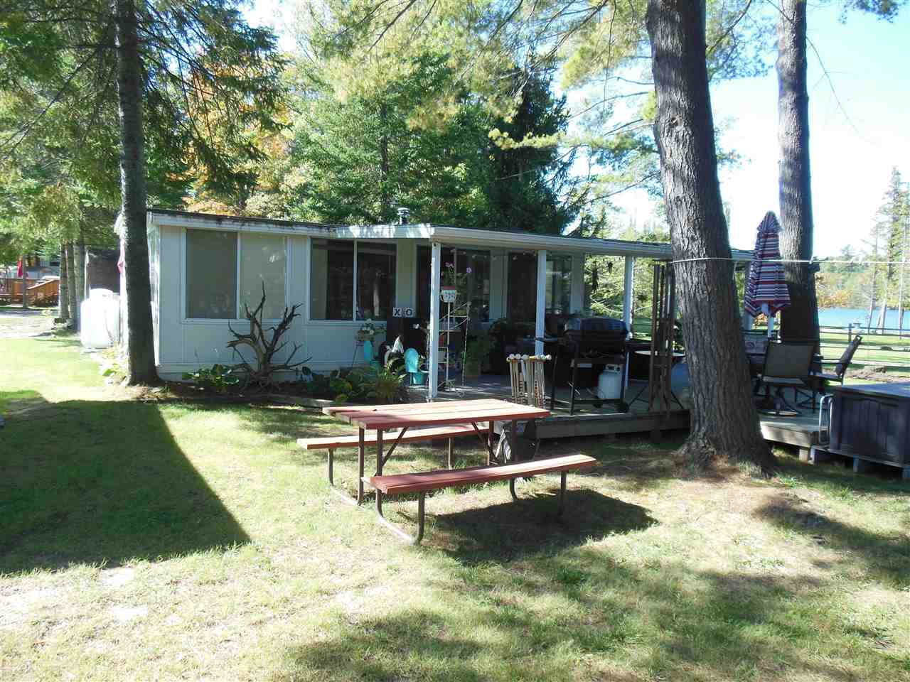 34 Cedar Shores, Harrison, MI